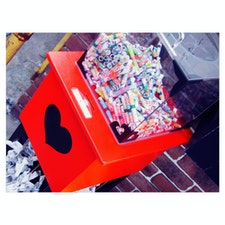 2018/02/12 伊香保石段街 世界一当たるらしい恋みくじ 色味がかわいい。  引いてはない。笑