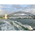 2019年3月22日 #シドニー 乗る船間違えてまさかの船で一周 ☻ 本当はこの橋をくぐった先に行きたい ☺︎