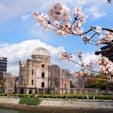 原爆ドーム周辺の桜はだいぶ咲いてました🌸でも寒かった… #広島 #原爆ドーム