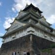 大阪城 近くまで行くと 迫力ありました。