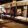 ライトフライヤー号 @スミソニアン航空宇宙博物館 1903年、アメリカのライト兄弟による世界初の動力飛行機。