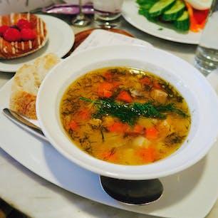 Salmon soup サーモンスープ Lohikeitto ロヒケイット Cafe Aalto カフェ アールト Alvar Aalto アルヴァ アアルト Helsinki ヘルシンキ Finland フィンランド