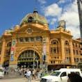 様々な文化が入り混じる都市。 治安もよく、ご飯も美味しいものが多く、かつ自然も感じられる!  半年ほど住んでましたが、住みやすい街も納得🌟  #Melbourne #Australia