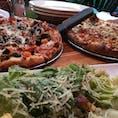 ハワイ州 Big Island ハワイの地ビールが楽しめます。ピザも生地が厚すぎずとても美味しいです!