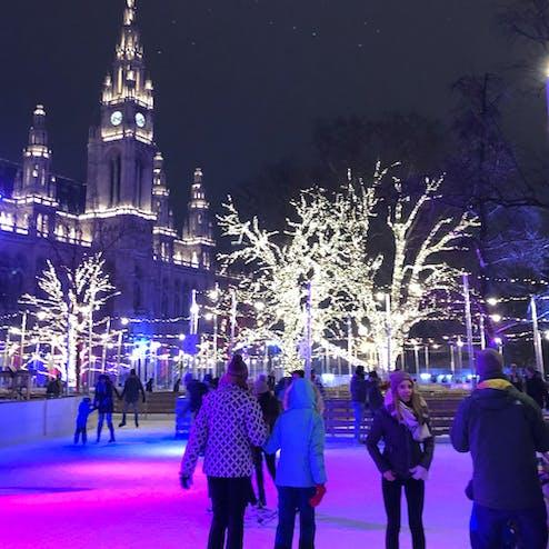 ウィーン市庁舎アイストラウム