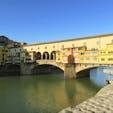 Ponte Vecchio ポンテ・ヴェッキオ Firenze フィレンツェ Italy イタリア フィレンツェ最古の橋は長年の増改築でしっちゃかめっちゃかなお土産通り