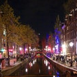 オランダ・アムステルダム、red light districtの夜景。妖しくも幻想的な景色でした。