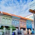クーン・セン・ロード シンガポールの街から少し外れたカトン地区にあるプラナカン様式の建物。 実際に住居となっているので、ここではお静かに。。そして、邪魔にならないように。