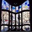 #カサ・バトリョ #バルセロナ #スペイン 2017年2月  内観は外観以上の素晴らしいしなのでカサ・バトリョを 外観で満足して帰るのは本当にもったいない!🙅♂️🙅♀️  ブルーで統一された室内はどの扉を開いてもどこを 見回しても「こんなところに住みたい」が詰まってる💎