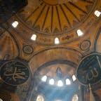 黄金に輝く英知の博物館「アヤ・ソフィア」 (トルコ・イスタンブール)