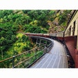世界の車窓から  キュランダ村ーケアンズ市内を結ぶ キュランダ高原列車。  壮大な景色を眺めながら のんびり2時間の旅。
