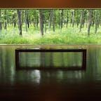 十勝の中札内美術村。展示作品はもちろんですが、敷地内の各施設の窓から見られる森の風景がとてもすてきでした。