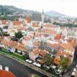 チェスキー・クルムロフの風景。コンパクトな街ながら、古くからの街並が残っている名所です。