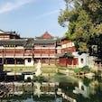 上海・豫園の手前。中も非常に素晴らしく!