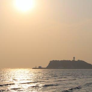 江ノ島・:*+.(( °ω° ))/.:+