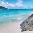 タイ🇹🇭ピピ島 このままの海の青さ。