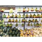 📍オーストラリア オーガニックスーパーがいっぱいある。バナナが赤いのはオーガニックの印らしい。