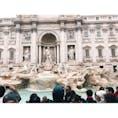 📍イタリア ローマ テレビや雑誌、教科書でも見てきたトレビの泉を目の前にした時の感動といったら、、