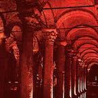 トルコ イスタンブール 地下宮殿 「バシリカ シスタン」