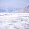#アタバスカ氷河 #コロンビア大氷原 #バンフ国立公園 #ジャスパー国立公園 #カナディアンロッキー #カナダ 2018年8月  雪上車を降りると広がっていた景色❄️ この大氷原を歩けたことがカナダで1番の思い出🥺🥺