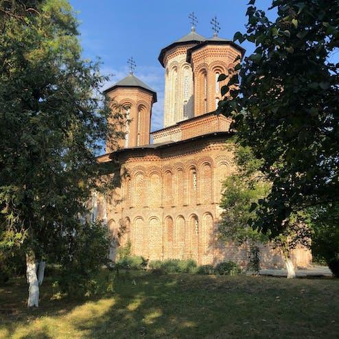 スナゴヴ修道院