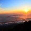 富士山🗻  人生で1度は登りたかった山。 今までで感じたことが無い辛さだったけど 御来光の景色はただただ感動😭✨
