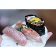 美味しすぎて感動で笑うしかできんかった飛騨牛のお寿司🍣