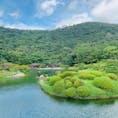 香川 栗林公園  右端にハート型のツツジが💛