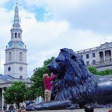 イギリス ロンドン トラファルガー広場