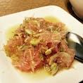 大好きなポメロ(ザボン)のサラダ(ヤムソムオー)。 ボウルいっぱい抱えて食べたい! @ファン ペン (Huen Phen)