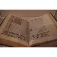 the Met Cloisters— this beautiful hand written book クロイスターズの手描きの本