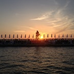 イスラエルのハイファ港の夕焼け。