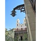 エジプト/オールドカイロ/エル・ムアラッカ教会 内部にキリスト像が浮かぶ奇跡の柱があったけれど、手描き感が強くて嘘くさかった覚えがあります。