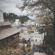草津温泉湯畑♨️ 白根山噴火警戒のため、志賀草津ルートが通行止で少し遠回りして行きましたが多くの人で賑わってました!!