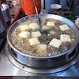 煮込み臭豆腐。 沢山煮ても、臭わないです。 夜市の匂いは、他の料理と混ざり合っているからなのかもしれません。