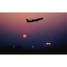 中国 上海 上海浦東国際空港 西安から帰国する際、トランジットで出会った景色。