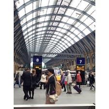 #キングズクロス駅 #9と4分の3番線もあった #記念撮影できる #ハリーポッター #イギリス #201309
