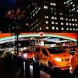 New York / Manhattan Grand Central Terminal ホリデーシーズンには、グラセン前のライトアップはこんな感じに♪