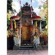 バリ島 Sahadewa Barong & Kris Dance  舞踊場(*^^*) 舞踊するまえにお祈りをささげる。 門は山をイメージしているそうです。