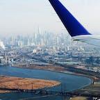 New York / Manhattan ニューヨーク行きの飛行機からの眺め。ワンワールドトレードセンターが眩しい!