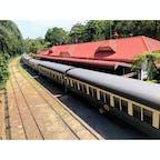 📍Cairns Australia  Kuranda stationから見たクランダ鉄道🐨