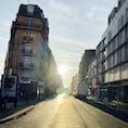 パリの朝日