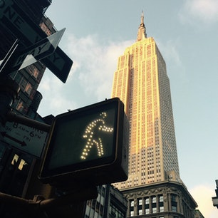 New York / Manhattan Empire State Building 五番街から見上げた時に見えるエンパイア。 #newyork #manhattan