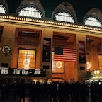 New York / Manhattan Grand Central Terminal 年末のグラセンは、帰郷する人や旅行へ行く人などで、いつもよりたくさんの人達でいっぱいに。 #newyork #manhattan #grandcentral