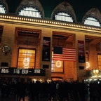 New York / Manhattan Grand Central Terminal 年末のグラセンは、帰郷する人や旅行へ行く人などで、いつもよりたくさんの人達でいっぱいに。 #newyork #manhattan #grandcentral