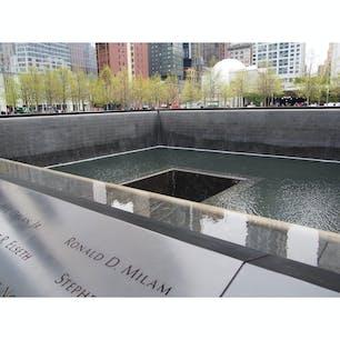 アメリカ Ground zero 9.11 memorial museum