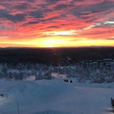 2019年12月31日。フィンランドのサーリセルカの夕焼け。