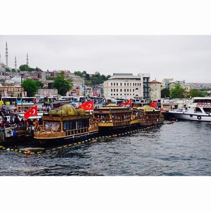 トルコ イスタンブール街並み  トルコ料理は世界三大料理の一つで肉料理から魚料理までどれも美味しい 個人的には今まで行った国で1番好きな国