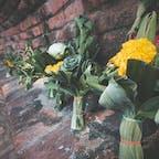 ワット プラシーサンペットのお供え@アユタヤ  葉っぱとお花で作ってあってかわいい🌼 自分のお墓にはこれを供えてもらいたい 笑