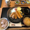 うなりくんが愛くるしい街成田に行ったのに、鰻ではなく海老フライと牡蠣フライのセットをいただきました。カラリとあがっていて、胃もたれしませんでした。公津の杜駅近くの、とんQというお店です。
